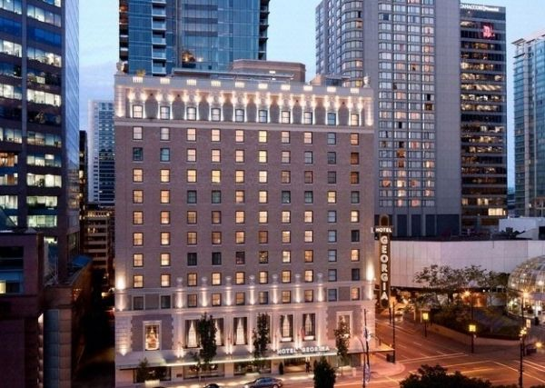 vancouver hotel named one of the best in the world 604 now. Black Bedroom Furniture Sets. Home Design Ideas