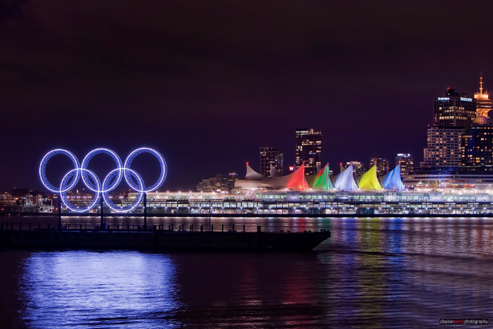 PHOTO: Vancouver Winter Olympics Rings 2010
