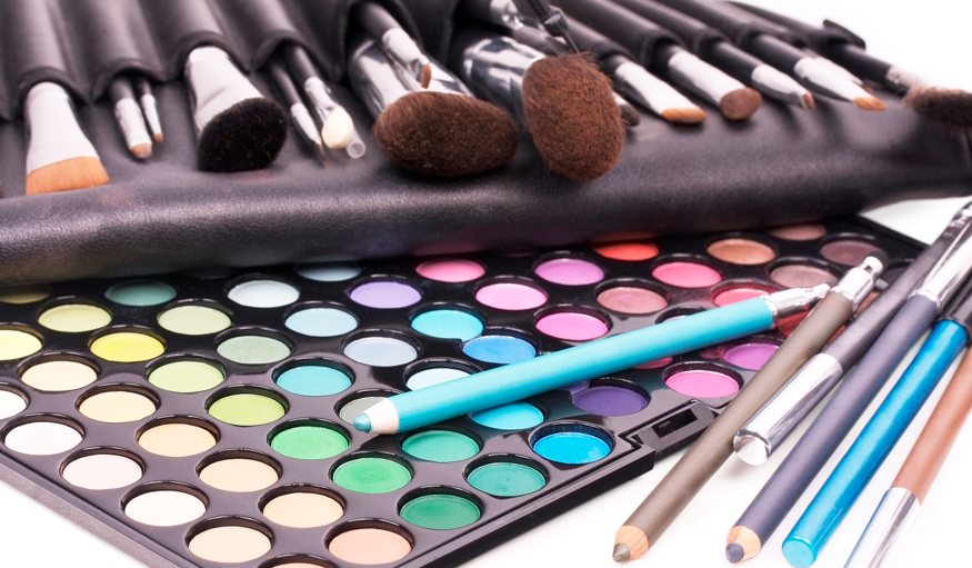 CONTEST: Win A $350 Makeup Package
