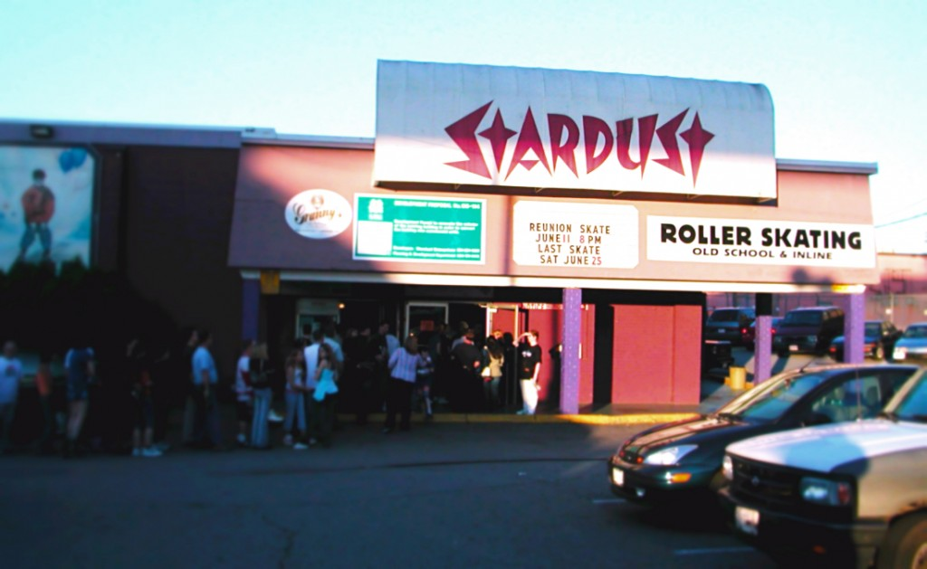 Surrey's Stardust Rink To Host 80's/90's Reunion Party