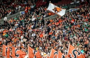 BC Lions Fans Show Support Ahead of Sunday's Western Semi-Final