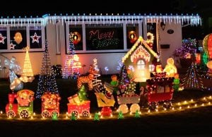 Burnaby Resident Decks Out House In Christmas Lights