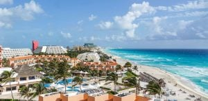 Cheap Places To Travel / Cancun