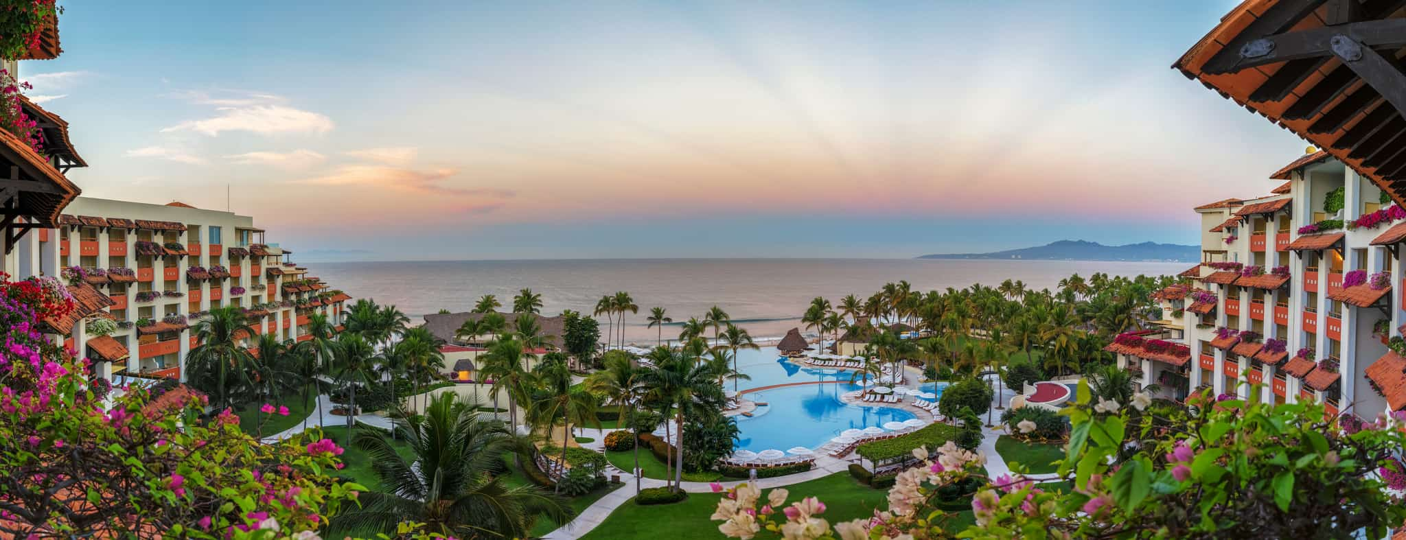 Puerto Vallarta / Cheapest Places To Travel