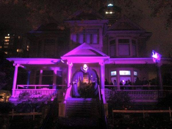 Barclay Manor