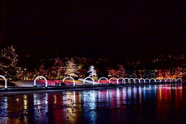 christmas lights lafarge lake