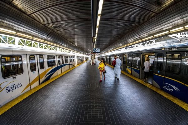 24/7 Transit / free transit