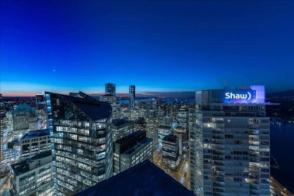 Coal Harbour Condo / condo flippers