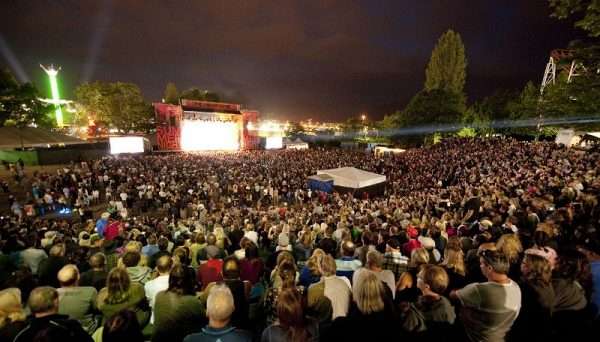 outdoor date/ pne summer night concerts