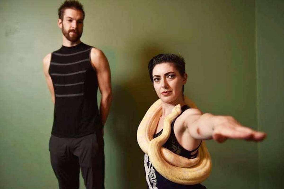 snake yoga