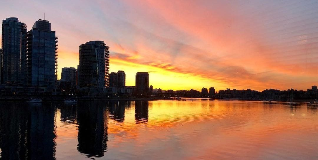 Tuesday's Sunrise In Vancouver Was Absolutely Dazzling (PHOTOS)