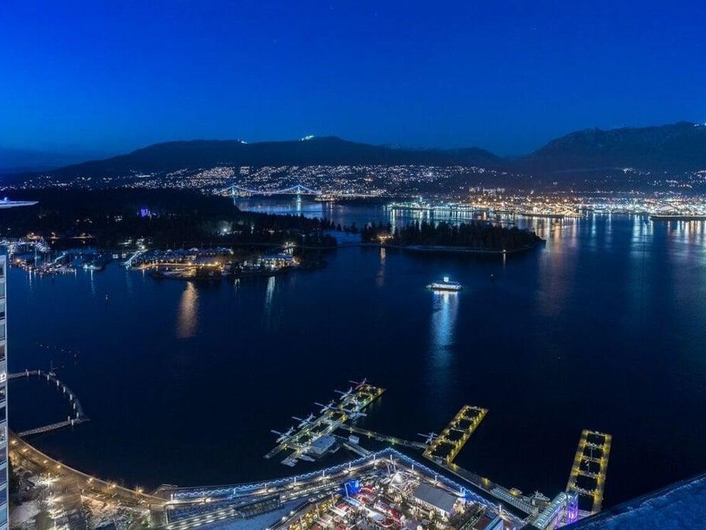 Vancouver Coal Harbour Penthouse