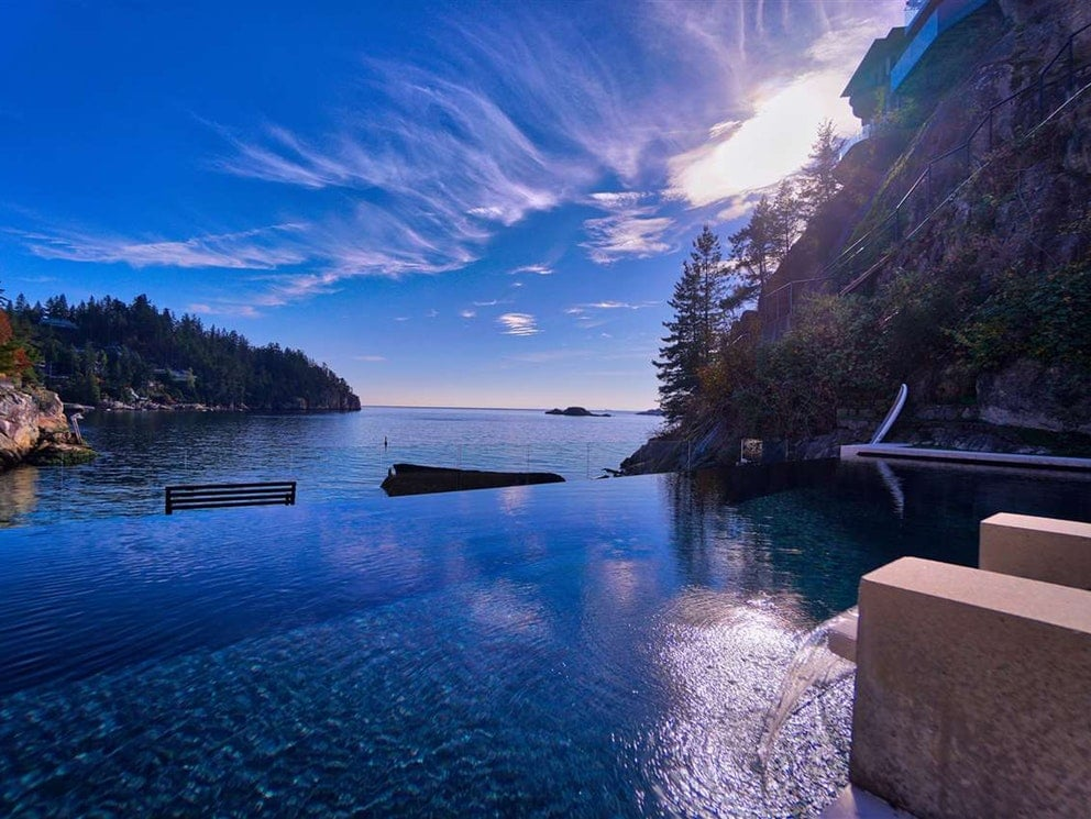 West Vancouver Infinity Pool
