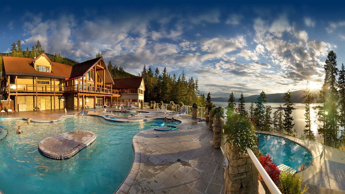 Photo: Halcyon Hot Springs