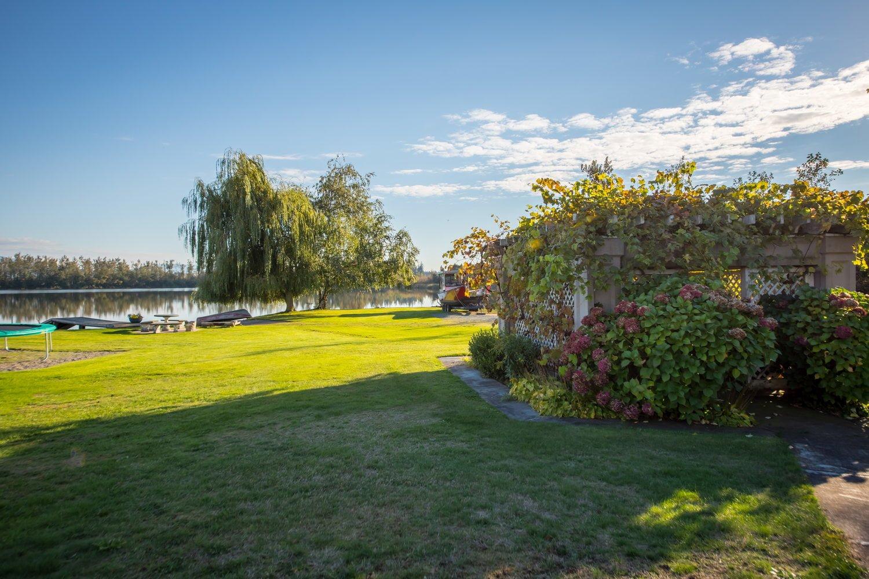 Laxton Lake Estate