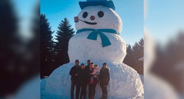 Vancouver Snowstorm 2020 British Columbia Alberta Snowman