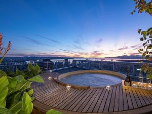 This Vancouver Condo Has a Rooftop Hot Tub Overlooking Stanley Park (PHOTOS)