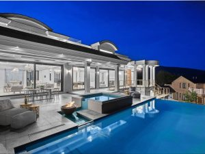 This Is What a $10.9M Home In The British Properties Looks Like (PHOTOS)