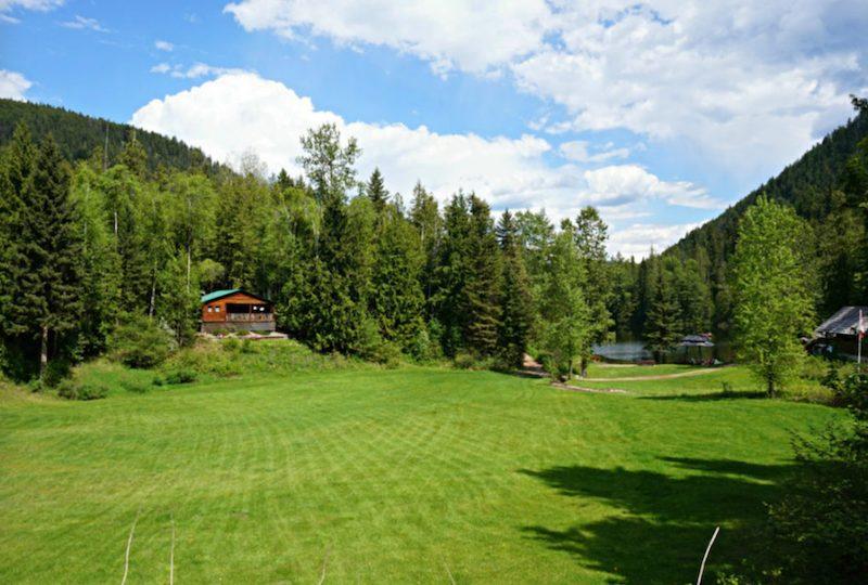 Cozy Cabins Nature Resort