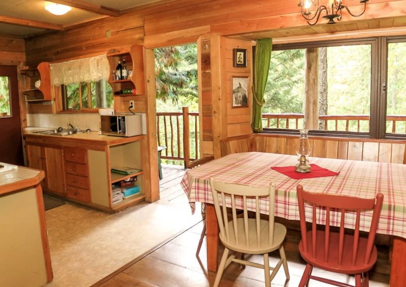Photo: Cozy Cabins Nature Resort
