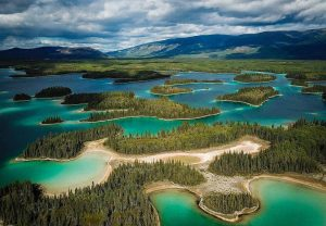 turquoise lakes in bc