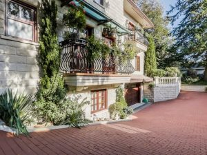 Here's What a $5.4M Mediterranean Home Near Deer Lake Park Looks Like (PHOTOS)