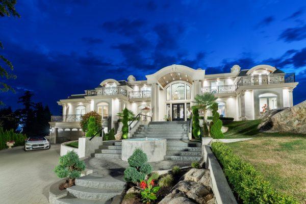 Italian Designer Mansion West Vancouver
