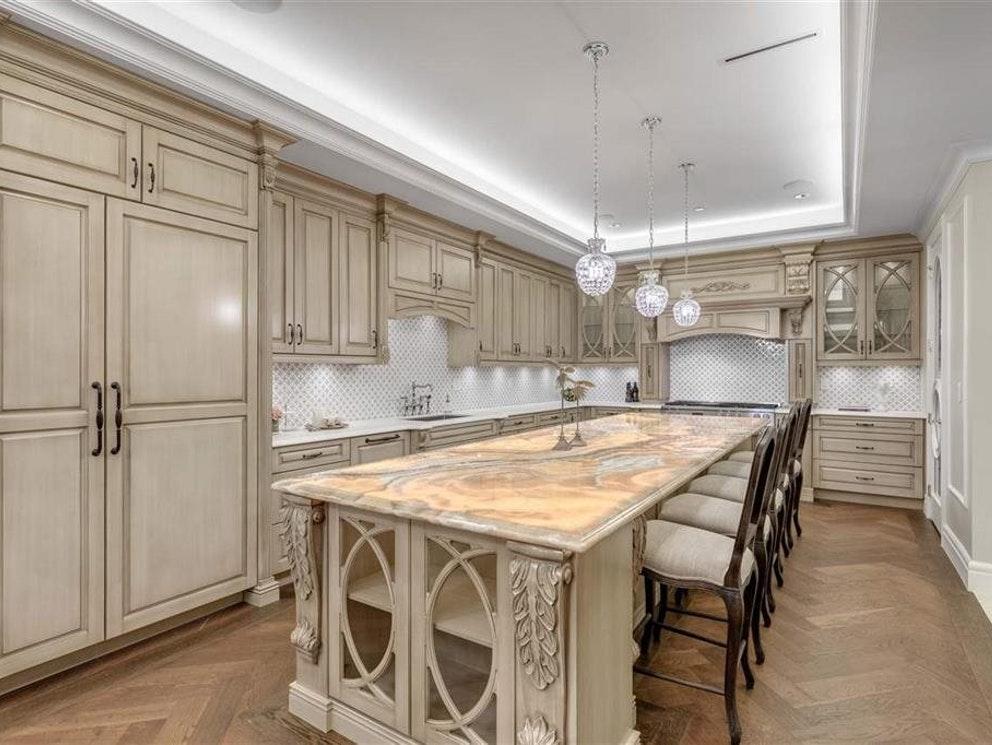 west vancouver mansion kitchen
