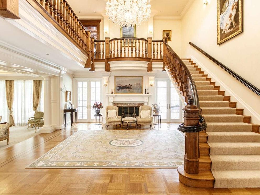 burnaby mansion entrance