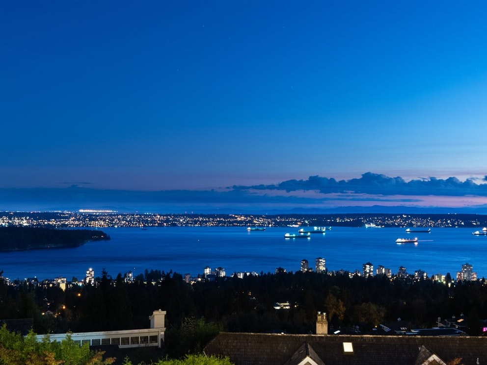 west vancouver mansion ocean view