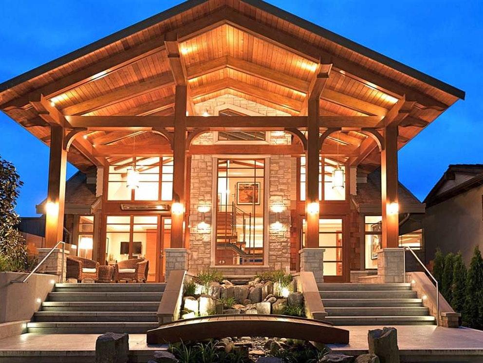 mega cabin in vancouver