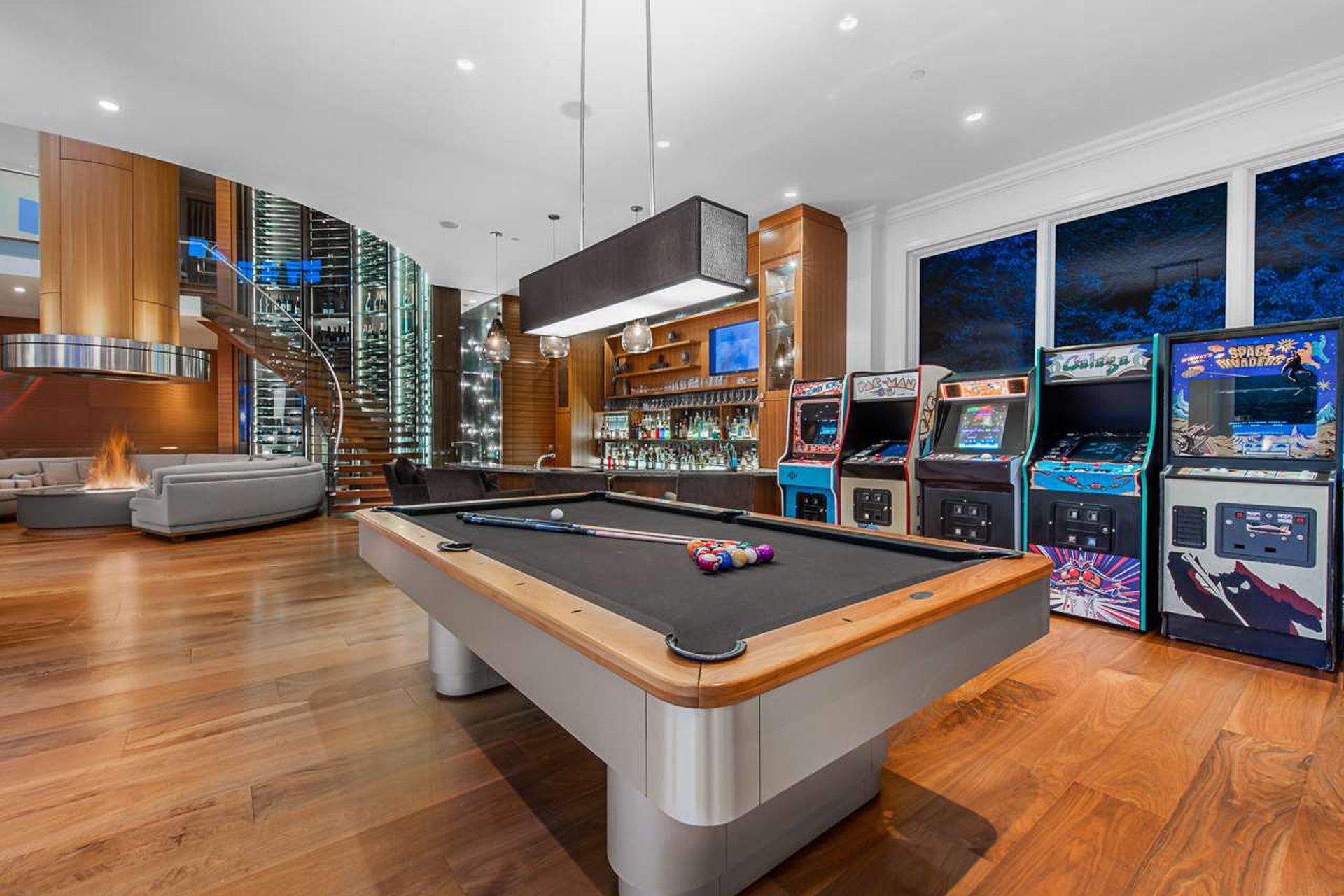 arcade indoor