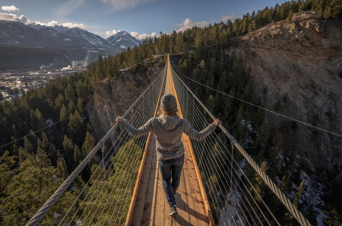 Golden Skybridge bc attractions