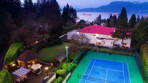vancouver mansion backyard