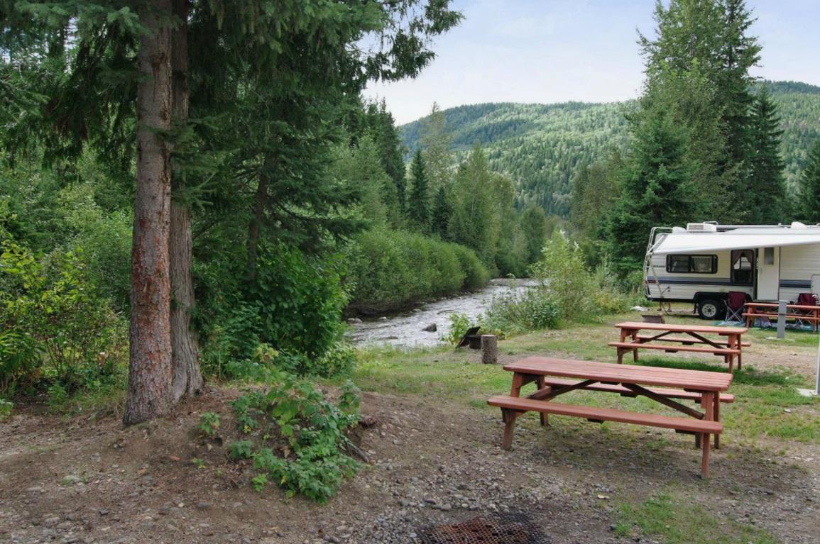 wells gray park resort
