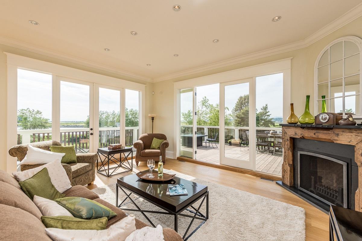 airbnb mansion