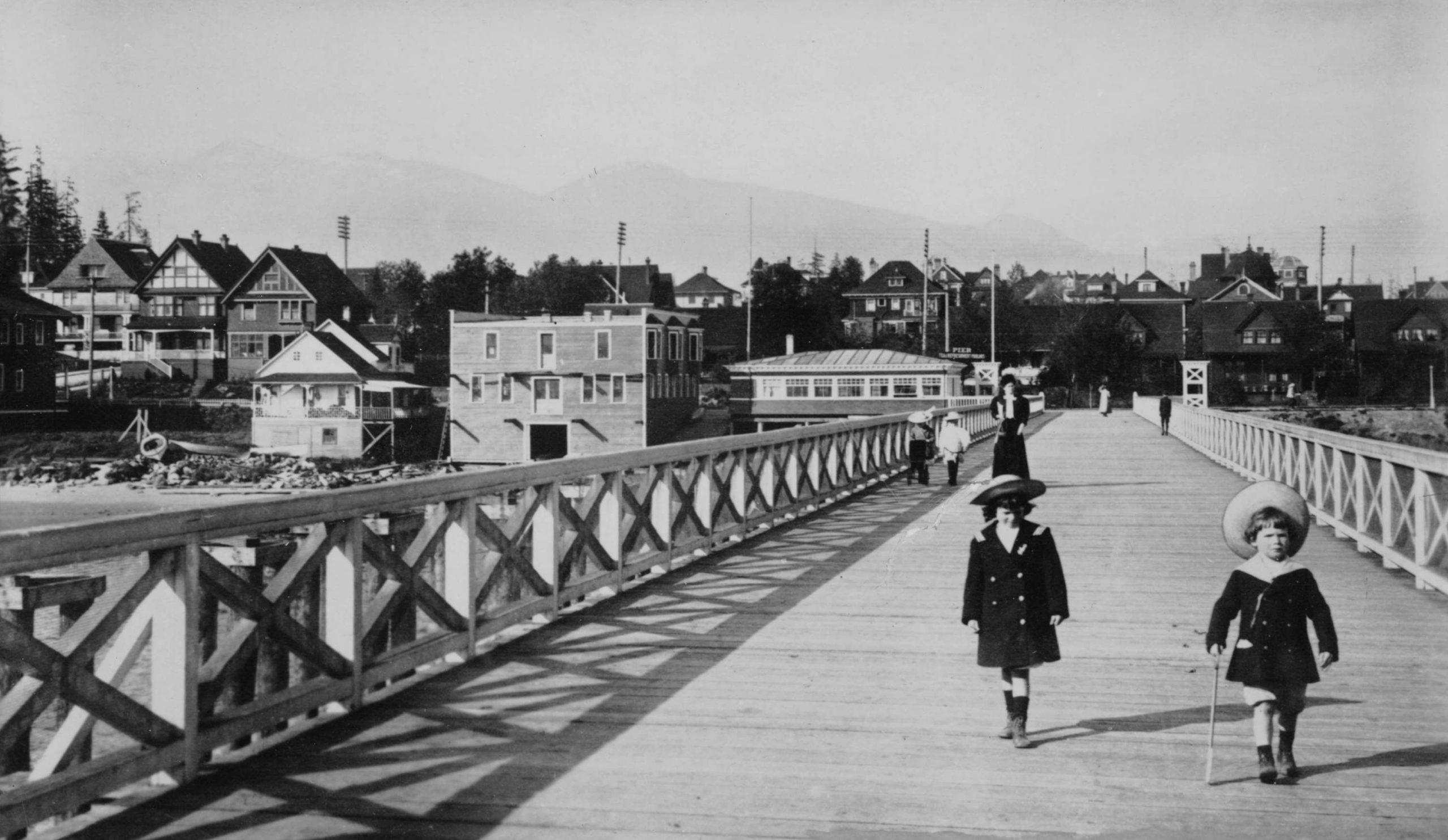 english bay pier 1916