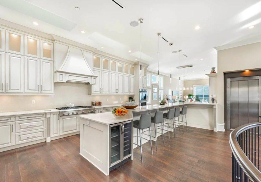 luxury kitchen white rock