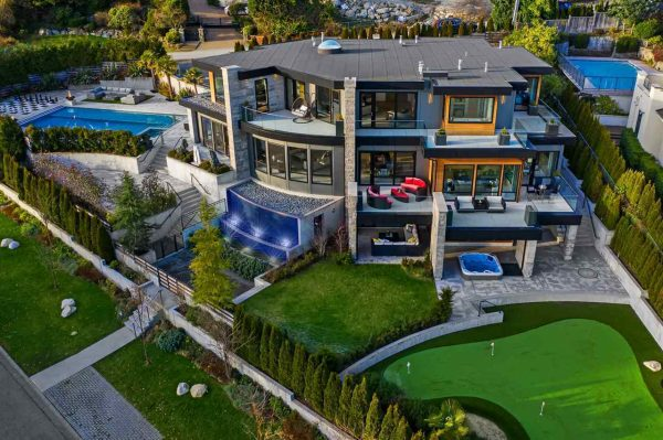 west vancouver luxury home