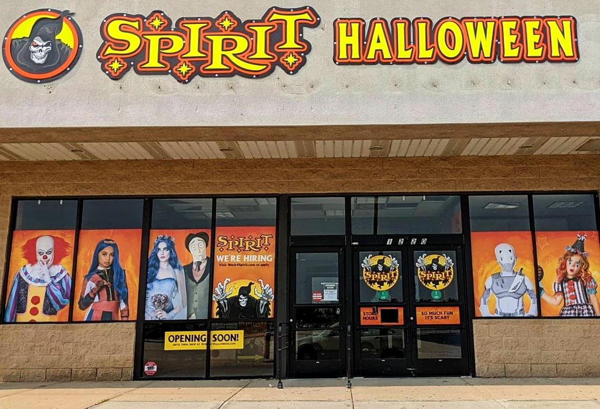 spirit halloween