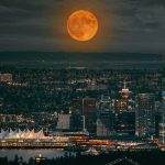 Full Harvest Moon Set To Light Up Over Vancouver This Week
